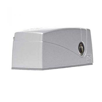 AXA Veiligheids raam oplegslot 3016, zilver met cilinderslot buitendraaiend, SKG**®
